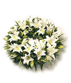 White lily classic wreath fr 59.95